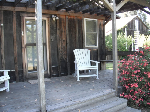 Thinkers Cottage-Porch
